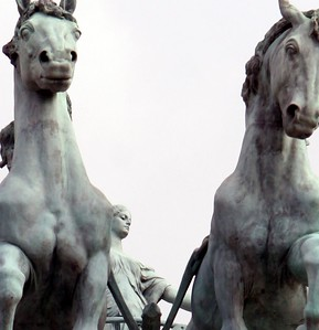 Chariot - Heroes' Square, Budapest